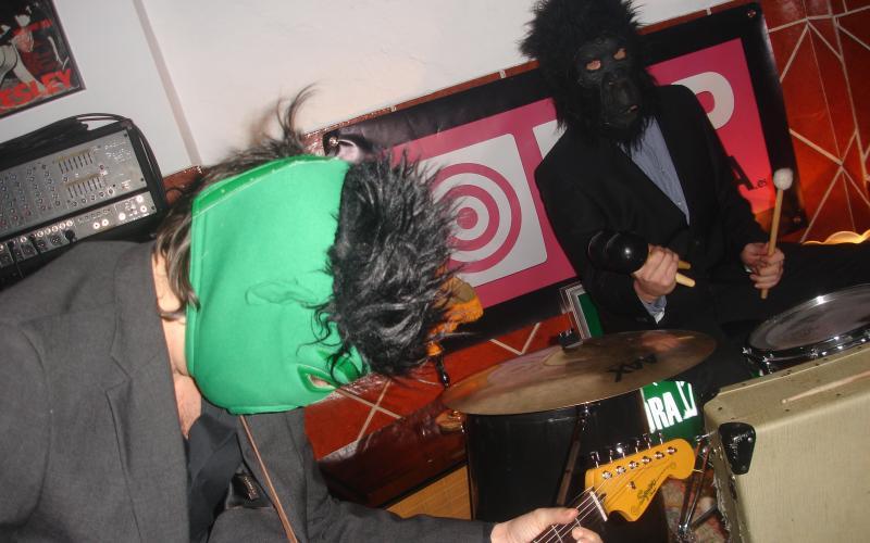 Poplacara con Pelo Mono